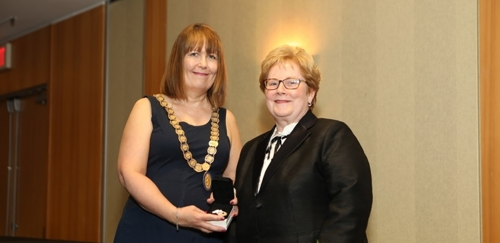 Dr Shelley Ross Silver Medal of Service Award